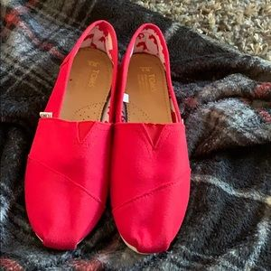 Red toms sz 9